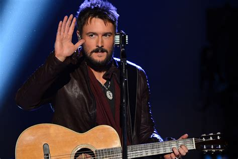 Eric Church Ditches Signature Hat, Sunglasses To Perform