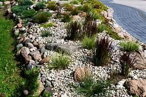 Steingarten Ideen Bilder : steingarten anlegen sch ne ideen tipps und tricks ~ Whattoseeinmadrid.com Haus und Dekorationen