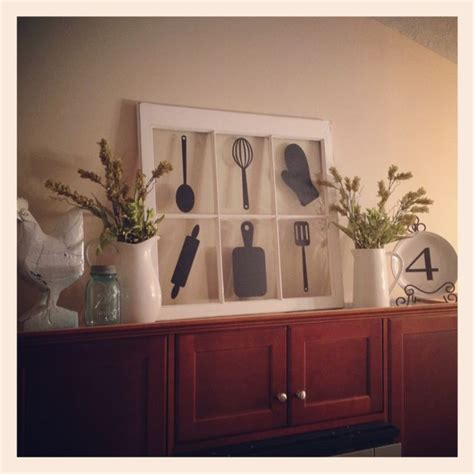 Above Kitchen Cabinet Decorations Pictures by Decor Above Kitchen Cabinets Decorating Ideas