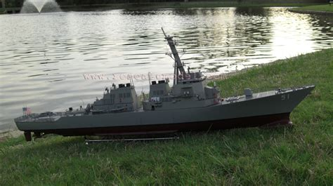Rc Boats Huge by Huge Rc Ready To Run Arleigh Burke Destroyer The Scale