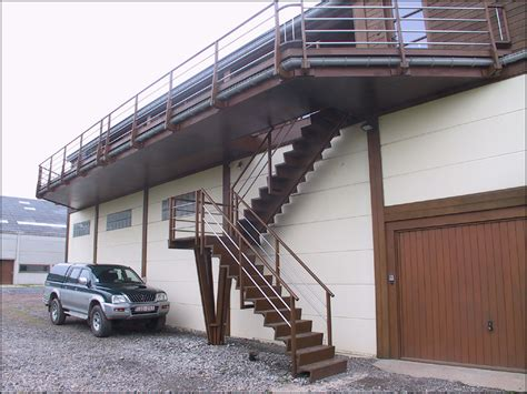 mev sprl explication sommaire des diff 233 rents types d escaliers en bois