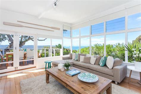 Beach House : Serene Beach House Taken Over By Coastal Beauty