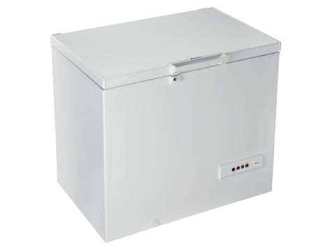 cong 233 lateur coffre hotpoint ariston cs1a 250h chez conforama