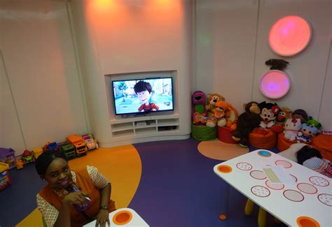 Review Etihad Business Class Lounge Abu Dhabi Travelsort