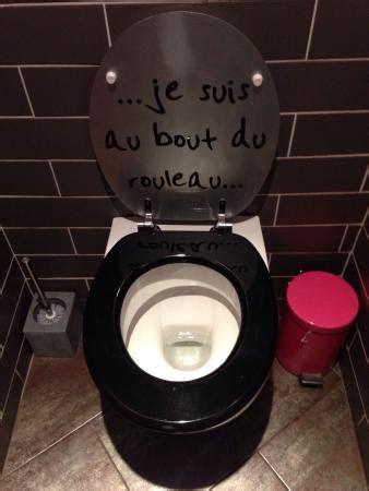toilettes quot au bout du rouleau quot picture of le lussac tripadvisor