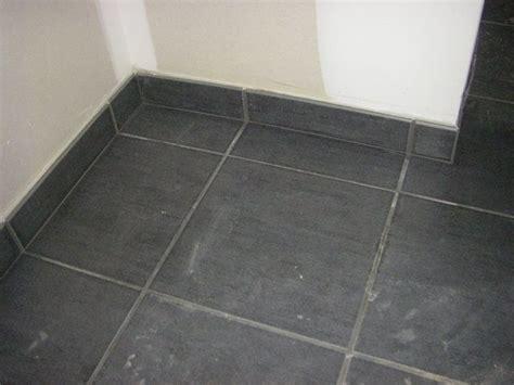 carrelage design 187 carrelage plinthe moderne design pour carrelage de sol et rev 234 tement de tapis