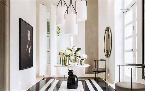 Inside Interiors Queen Kelly Hoppen's Spectacular Home Flooring Sales Albany Ny Floor And Carpet Shampooer Hardwood Store Yelp Mobile Home Options Companies Raleigh Nc Wood Uk Price Ceiling Homebase Maple Laminate
