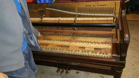 Fredboat Doesn T Play Music by This Piano Doesn T Play Music Anymore But It S Still