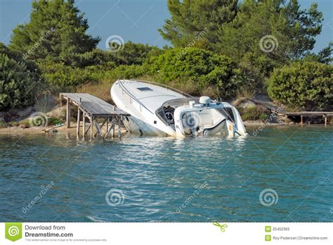 Dream Of Your Boat Sinking by Sinking Boat Stock Photos Image 25452363