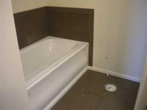 02 18 10 tile master bath 001