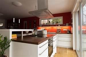 Moderne Küchen Bilder : moderne k che mit kochinsel ihr k chenstudio im saale orla kreis ~ Markanthonyermac.com Haus und Dekorationen