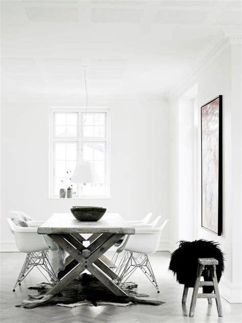 salle 224 manger en noir et blanc