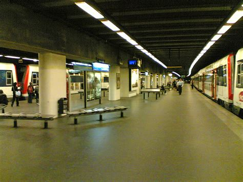 neuilly porte maillot rer wikiwand