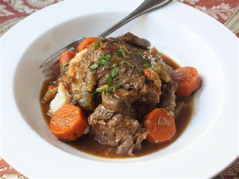 cooker beef pot roast recipe how to make beef pot roast in a cooker