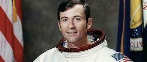 John Young, an 'astronauts' astronaut' who flew to the ...