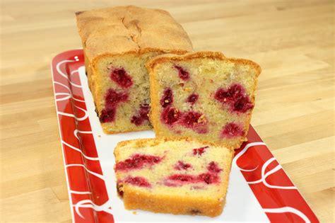 cake aux framboises recette de cake aux framboises