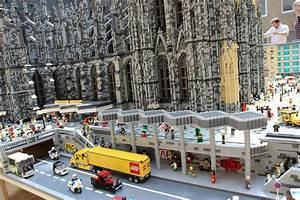 Köln Bilder Kaufen : lego ausstellung mit dom und altstadt wird im rathaus er ffnet ~ Markanthonyermac.com Haus und Dekorationen