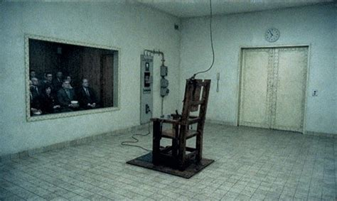 alabama lawmaker supports return to electric chair