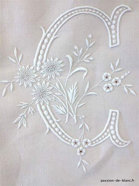 les 25 meilleures id 233 es de la cat 233 gorie draps anciens sur artisanat vintage couture