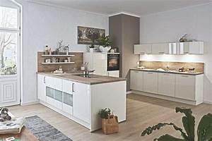 Weiße Hochglanz Küche Reinigen : gro e u k che wei lack salbei nur 6666 nur die wahre kuechen boerse ~ Markanthonyermac.com Haus und Dekorationen
