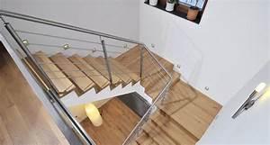 Halbgewendelte Treppe Mit Podest : treppe aus holz metall qm ausstellung in aschaffenburg ~ Markanthonyermac.com Haus und Dekorationen