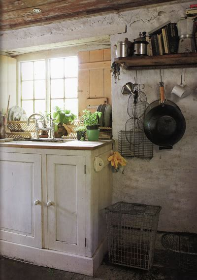 Book 'perfect English Cottage' Nibs