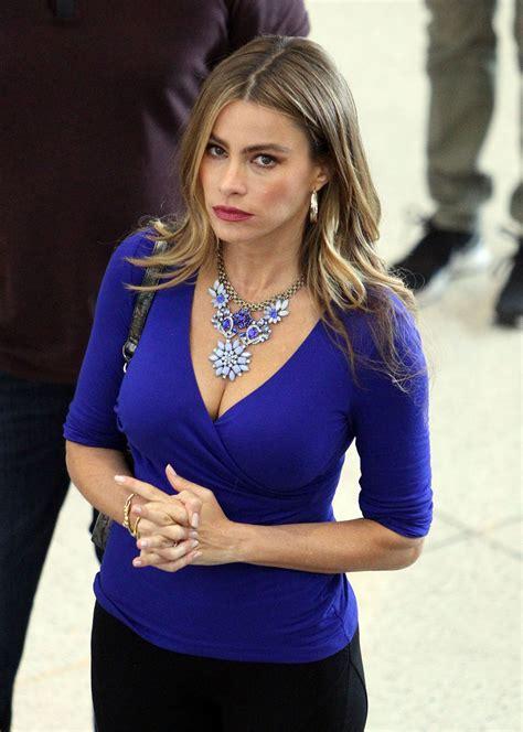 sofia vergara in tights shooting modern family at lax news