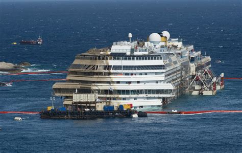 Schip Concordia by Costa Concordia Time Lapse Video Of The Raising Of The