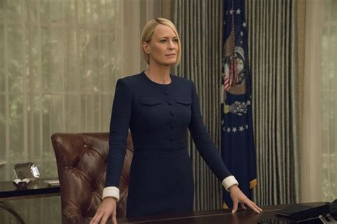 Robin Wright Amazes, Series