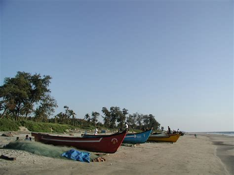 Fishing Boat Of India Var by Small Fishing Boats On Arambol Beach Northern Goa