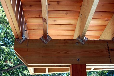 pin bolted and glulam trusses on