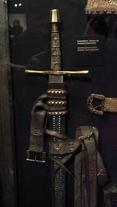 87 best images about Game of Thrones Weapons and Armour on ...