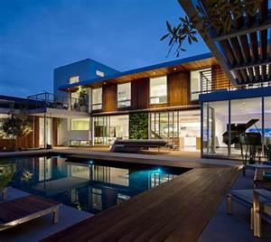 Hausbau Was Beachten : modernes haus erstaunliche bildgalerie mit 22 ideen architektur traumh user zenideen ~ Markanthonyermac.com Haus und Dekorationen