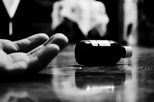 Does depression increase the risk for suicide?