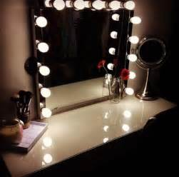 lighted mirror vanity table casa