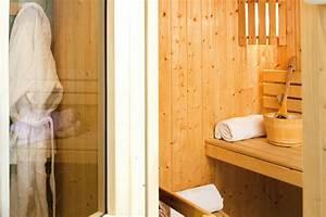 Sauna Zu Hause : sauna zu hause tipps infos f r die eigene wellness oase wellness beauty fit4life magazin ~ Markanthonyermac.com Haus und Dekorationen