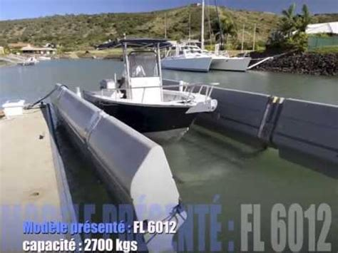 Sunstream Boat Lift Youtube by Boat Lift Sunstream En Nouvelle Cal 233 Donie Youtube