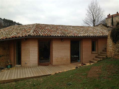 la tendance bardage bois pour isoler les murs de votre maison