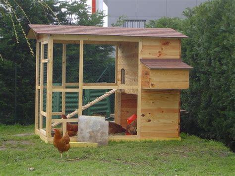 fabriquer sois meme poulailler bois poules elevage divers mod 232 les de poullaier en bois