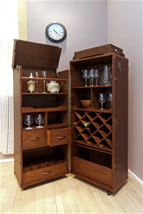 How To Choose The Right Liquor Cabinets For Small Spaces