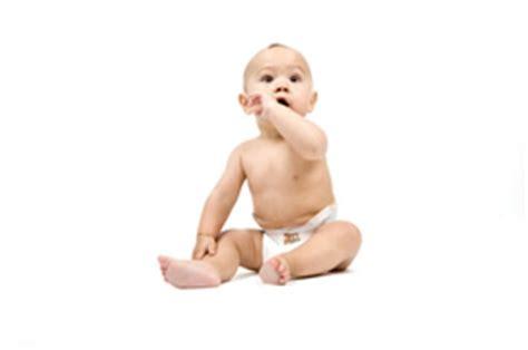 le d 233 veloppement psychomoteur de l enfant de 0 224 1 an