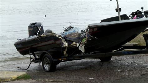 Accident On A Boat by Bass Fisherman Dies After Boat Crash On Lake Conroe