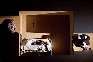 Die Schönsten Weihnachtsdekorationen : die besten 25 finsternis ideen auf pinterest albtraum dunkle kunst und untote ~ Markanthonyermac.com Haus und Dekorationen
