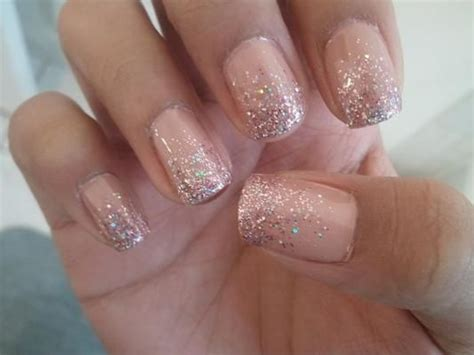 58 Latest Simple Glitter Nail Art Ideas