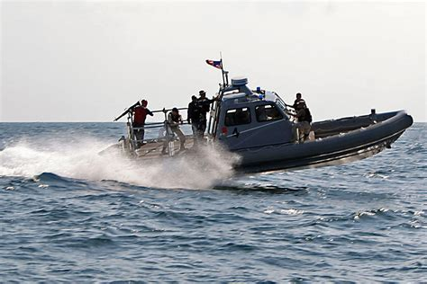 Inflatable Boats Hull by Rigid Hull Inflatable Boat Military