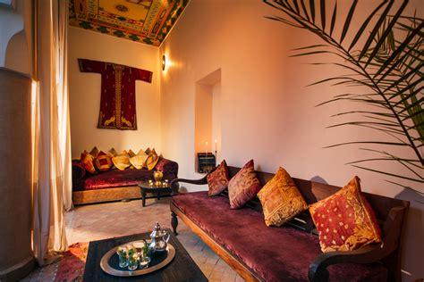 Home Interior Items : Ethnic Interior Design