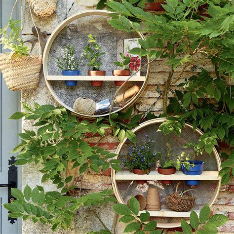 Des Tamis Transformés En étagères De Jardin  Marie Claire