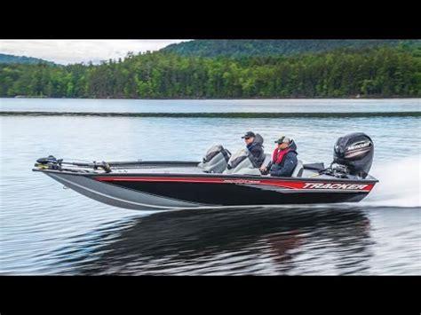 Bass Tracker Boat Videos by Tracker Boats 2017 Pro Team 195 Txw Mod V Bass Boat Youtube