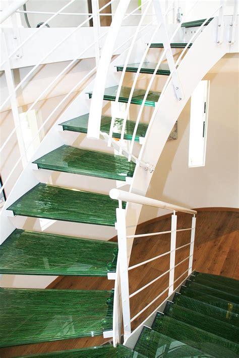 marches d escalier en verre herbes righetti