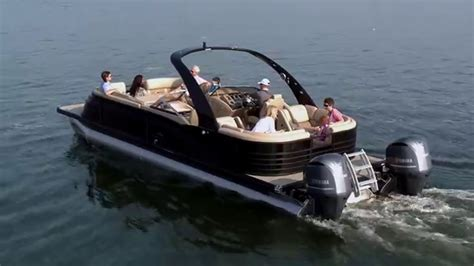 Bay Boat With Twin Engines by 10 Foot Wide Twin Engine 600hp Pontoon Boats Pontoon Boat